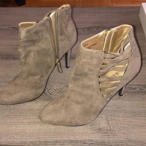 🆕 beige Faux suede cage detail booties